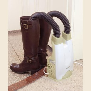 シューズドライヤー CH-3800 クマザキエイム くつ乾燥機 靴乾燥機 靴乾燥器 長靴 ブーツ 乾燥 抗菌|nihontuuhan