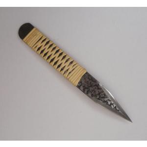 切り出し小刀 8分 槌目 反り左右刃 籐巻き|niigata-honmono