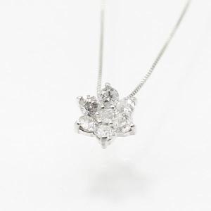 10金ホワイトゴールド0.3ctダイヤモンドフラワーデザインペンダント〔代引不可〕|nijiiromarket
