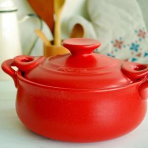 耐熱陶器 両手鍋/調理器具 〔レッド〕 幅21cm 日本製 直火 オーブン 電子レンジ対応 レシピブック付き セラキッチン 『K+dep』|nijiiromarket