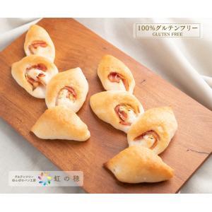 焼きたてのカリッとしたフランスパン風生地にベーコンの脂の旨みとネギの風味が香ります。  名称:ベーコ...