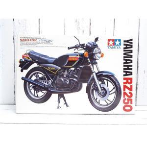 【 模型要目 】  ・「1/12 オートバイシリーズ No.2 ヤマハ RZ250」。  ・1980...