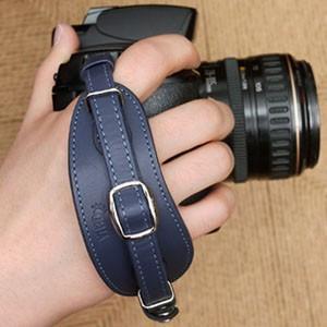 CIESTA シエスタ Leather Hand Grip おしゃれ 本革 カメラ ハンドグリップ プレート付き CSS-HG01 NAVY BLUE デジタル一眼レフ用 nineselect