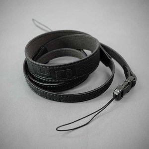 LIM'S Italian MINERVA Genuine Leather Neck Strap for Compact Camera NS-CC1BK Black コンパクトカメラ用 ネックストラップ|nineselect