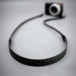 LIM'S Italian MINERVA Genuine Leather Neck Strap for Compact Camera NS-CC1BK Black コンパクトカメラ用 ネックストラップ nineselect 05