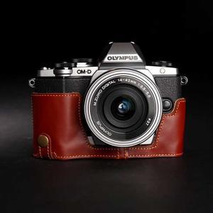 TP Original ティーピー オリジナル Leather Camera Body Case レザーケース for OLYMPUS OM-D E-M10 おしゃれ 本革 カメラケース Oil Brown(オイル ブラウン)|nineselect