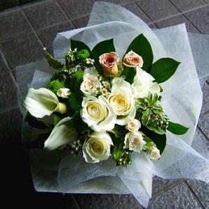 おまかせホワイトブーケ 花束 お祝い 開店祝い プレゼント