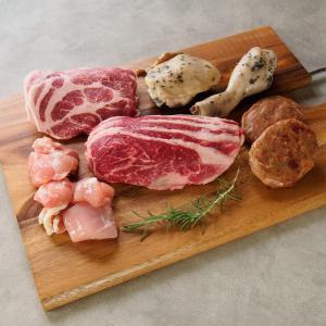 肉 前田牧場のファーマーズ BBQ 焼肉セット 2〜3人前 800g 国産 栃木県産 牛肉 豚肉 鶏肉 焼き肉 前田牛 nipponselect