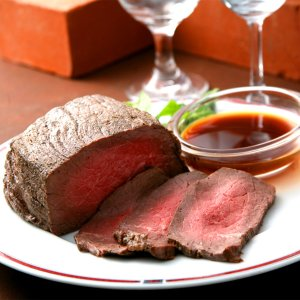 惣菜 ローストビーフ 300g 北海道 十勝 北海道産 国産 オードブル ディナー 塊 牛肉 和牛 ...