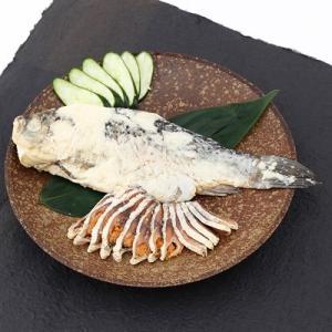 鮒丸ごとを贅沢に熟成した 見た目も豪華な逸品 鮒寿司丸ごと姿 送料無料 ポイント消化|産直お取り寄せニッポンセレクト