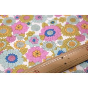 【ティルダ ファブリック/Tilda】Tilda W110 Boogie Flower  100009-Dove White|nippori-pakira