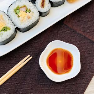 醤油皿 小皿 白磁 おしゃれ  桜形   薬味皿 レンジOK かわいい 無地 シンプル|nishida-store