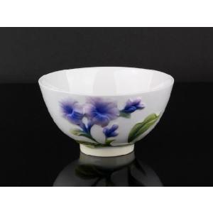 青いインドソケイ 白釉 レリーフ 茶碗 310ml  ご飯 ライス スープ サラダ ボウル 陶磁器 軽い 白磁 おしゃれ ギフト プレゼント|nishida-store