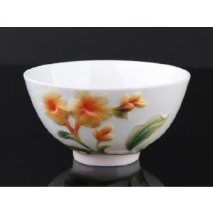 黄色いインドソケイ  レリーフ 茶碗 310ml  ご飯 ライス スープ サラダ ボウル 陶磁器 軽い 白磁 おしゃれ ギフト プレゼント|nishida-store