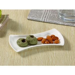 おしぼり用皿 7号 17.5cm 斧型 小皿 白磁 おしゃれ レンジOK 軽い ポーセラーツ|nishida-store