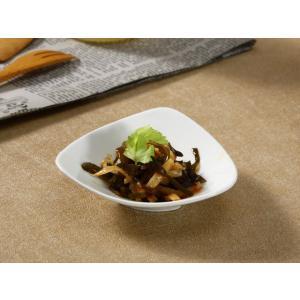 醤油皿 三角形  小皿 豆皿 白い 無地 シンプル おしゃれ 強化磁器 割れにくい レンジOK オリジナル|nishida-store