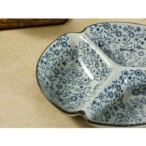 三つ 仕切り皿  8.5号 青い花集い  和食器 丸い 取り皿 大きい 軽い おしゃれ 花柄 丈夫 プレート|nishida-store