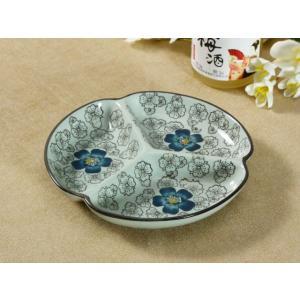 和食器 三つ仕切り皿  7.5号 青い椿  プレート 花柄 割れにくい こども 大皿 レンジOK 仕切り 取り皿 オリジナル|nishida-store