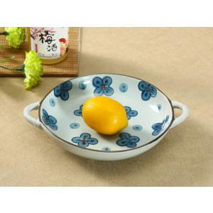 ラウンドプレート 20.5cm 青い四葉 取っ手付き 丸皿 大きい おしゃれ 花柄 レンジOK nishida-store