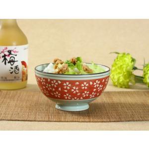 茶碗  4.5号 赤地白桜  茶碗 ボウル どんぶり ご飯 子ども 野菜 まんぷく 普通盛り レンジOK 花柄 カラバリ ボウル 陶磁器 スープ ライス|nishida-store