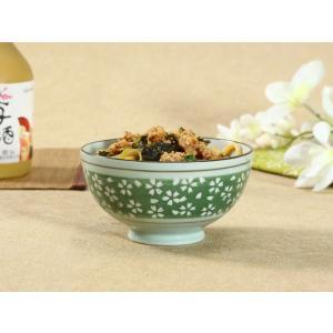 茶碗  4.5号 緑地白桜  茶碗 ボウル どんぶり ご飯 子ども 野菜 まんぷく 普通盛り レンジOK 花柄 カラバリ ボウル 陶磁器 スープ ライス|nishida-store