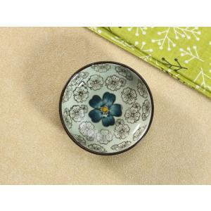 和食器 小皿  青い椿  豆皿  丸皿 焼き 磁器 醤油皿 軽い シンプル 花柄 おしゃれ 漬物 刺身|nishida-store