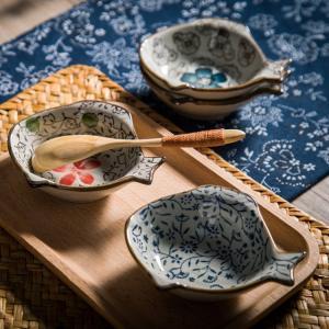 魚型小皿  赤いコスモス  小皿 醤油皿 豆皿 漬物 小鉢 業務用 軽い おしゃれ かわいい タレ入れ nishida-store