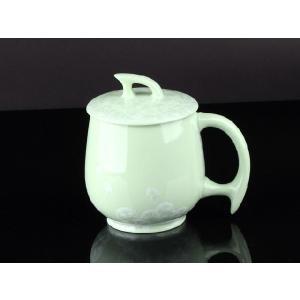 カラー蓋付マグカップ 緑色 <br>透明釉薬使用天然発色磁器製 コップ/カップ/陶磁器/磁器|nishida-store