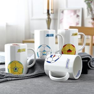 オシャレなマグカップ(サッカーボール 450ml) プレゼント カフェ食器 カラフル  カップ 陶器 プレゼント|nishida-store