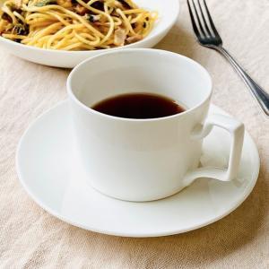 カップソーサー セット 250ml 白磁 円筒型 マグカップ風 おしゃれ取っ手 レンジOK カフェ ...