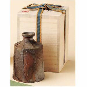 ■日本酒好みの方にぴったしの酒器です。 「面取りぐい呑」(m54792500-871)とセットでお買...