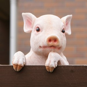 こぶたの壁掛けガーデンオーナメント (こぶたのルーク) (置物 オーナメント 庭 かわいい 動物 オ...