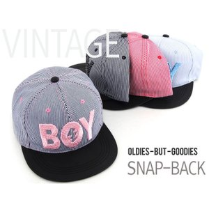 かわいい ストライプ BOYの ロゴ キャップ  帽子 男女共用|niyantarose