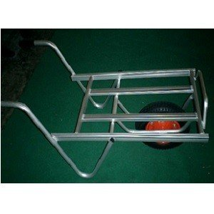 コンテナを2個積みできる一輪車です。