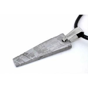 ギベオン隕石 ギボン隕石 28mm メテオライト ペンダント 鉄隕石 オクタヘドライト 隕鉄 ナミビア 43