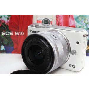 ミラーレス一眼 Canon キヤノン EOS M10 レンズキット ホワイト Wi-Fi 自撮り