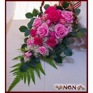 プリザーブドフラワー バラがいっぱい超豪華花束風チャーミー ...