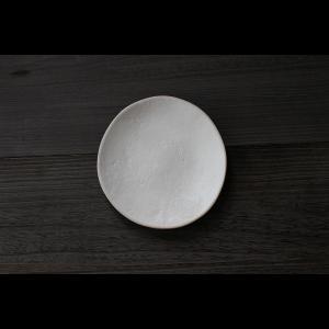 英国の陶芸作家 アーティスト SARAH JERATH  サラジェラス CHALK  20cm Plate プレート 中皿 No1    白 ホワイト 作家の器 作家物 一点物|nontitletokyo