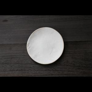 英国の陶芸作家 アーティスト SARAH JERATH  サラジェラス CHALK  20cm Plate プレート 中皿 No2    白 ホワイト 作家の器 作家物 一点物 nontitletokyo