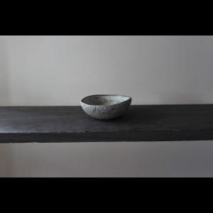 英国の陶芸作家 アーティスト SARAH JERATH  サラジェラス TREE ASH  10cm BOWL ボウル No2    グレー 作家の器 作家物 一点物 nontitletokyo