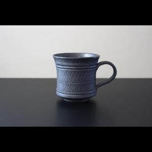 革新的で唯一無二を追求する 陶芸作家    高橋 泰明  TACERA   黒鋼 ブラックメタル コーヒー ティー マグカップ 黒 ブラック  作家物 作家の器|nontitletokyo