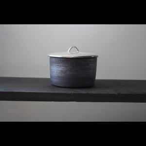 作家物 陶芸作家    谷井直人   黒 白 銀彩 ふたもの 菓子入れ シュガーケース  作家の器 |nontitletokyo