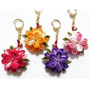 一越ちりめんで作る つまみ細工キット・お花のキーホルダー4色セット/限定販売|nunogatari