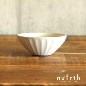 マルミツポテリ フルール ボール 小(ブラン)|nutrth