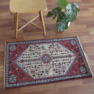 ペルシャ絨毯・アバデ、玄関マットサイズ 102×63cm o-moon