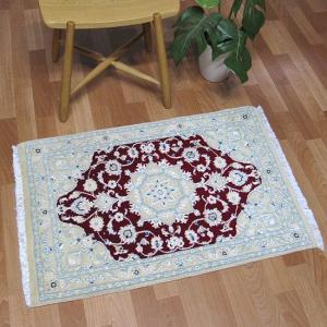 ペルシャ絨毯 ナイン、玄関マットサイズ 93×62cm o-moon