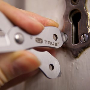 TRUE UTILITY トゥルーユーティリティ シザーズプラス 14600 DIY 工具 道具 ドライバー レンチ マルチツール マルチツール アウトドアギア|od-yamakei|04