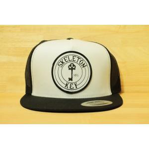 SKELETON KEY (スピットファイヤー,スケルトンキー,メッシュキャップ )  MESH CAP TRUCKER white/black|oddball-skate-snow