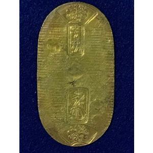 天保小判 背:正七 無刻印  日本貨幣商協同組合鑑定書付の本物です。 縦:60.5mm 横:32.4...