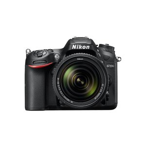 Nikon D7200 18-140レンズキット デジタル一...